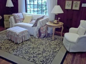 Garden Cottage, Toledo Botanical Garden, Toledo — Garden Cottage: