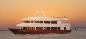 Share the Yacht Evening Packages (starting at $69.50 per person), SunQuest Cruises, Miramar Beach