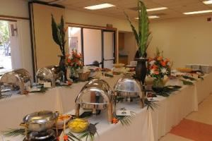 Sunday Venue Rental (after 3:30 pm, up to 250 guests), Shrine Event Center, Livermore