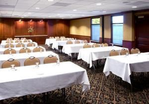 Breakfast Entrees (starting at $8.25 per person), Marina Inn Hotel and Conference Center, South Sioux City