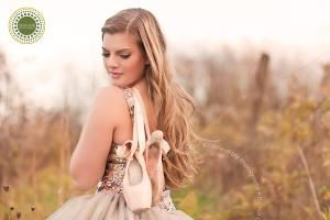 Circle of Life Photography, Elizabethtown — Creative portraiture for teens