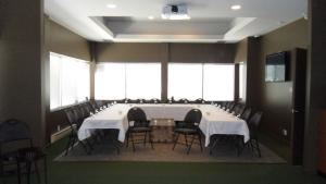 Corporate Package, Back Nine HD Golf Inc., Mississauga — Private Room (meeting)