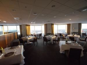 Main Dining Room, ON20, Hartford