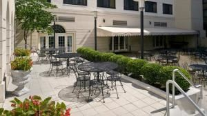 Outdoor Terrace, Doubletree Hotel Washington DC, Washington