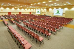 Expo Center, Holiday Inn Stevens Point - Convention Ctr, Stevens Point — Shown here is a section of our Northwoods Expo area in full theater-style set-up. We also offer a full variety of audio visual equipment to make your next conference a breeze!