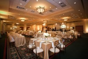 Grand Ballroom, Chicago Marriott Southwest at Burr Ridge, Willowbrook