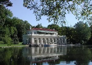 Boathouse, Prospect Park, Brooklyn — Viewof the Prospect Park Boathouse.