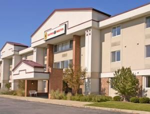 Super 8 Motel - State College