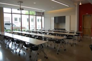 Alder Breakout Rooms, University of Washington Conference Services, Seattle — Alder 103 Meeting Room. Standard capacity of 38 in classroom style