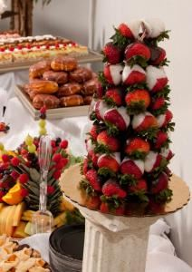 White Pines Golf Club & Banquets - Catering