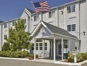 Auburn Travelodge Inn and Suites
