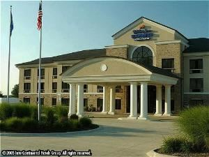 Holiday Inn Express & Suites Wadsworth