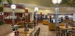 Dinner Menus From $25.95, Embassy Suites Tampa - USF/Near Busch Gardens, Tampa