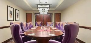 University Boardroom, Embassy Suites Tampa - USF/Near Busch Gardens, Tampa