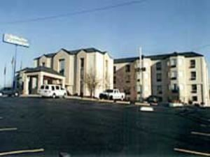 Holiday Inn Express Hotel & Suites -Nashville-I-40&I-24(Spence Lane)