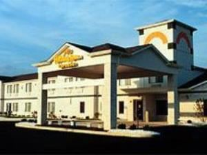 Holiday Inn Express - Celina