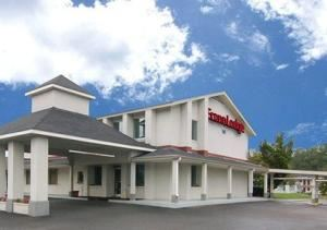 Econo Lodge South