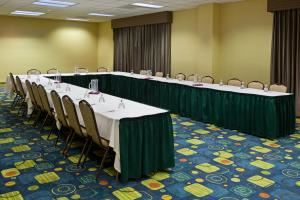 Broadview Heights, Holiday Inn Cleveland-S Independence, Independence