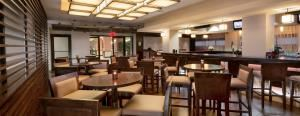 Embers Restaurant And Lounge, Crowne Plaza Wilmington North, Claymont