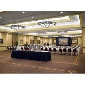 Cascade Ballroom, Doubletree Hotel & Executive Meeting Center Portland-Lloyd Center, Portland — Cascade Ballroom