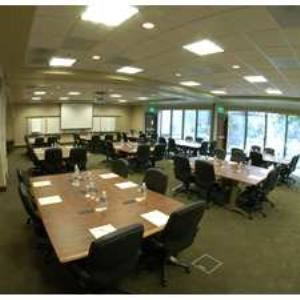Executive Meeting Center-Adams, Doubletree Hotel & Executive Meeting Center Portland-Lloyd Center, Portland — EMC Adams-Jefferson Room