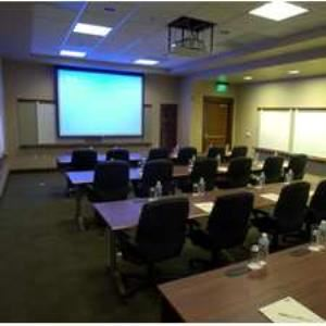 Executive Meeting Center-Hamilton, Doubletree Hotel & Executive Meeting Center Portland-Lloyd Center, Portland — EMC Hamilton Room