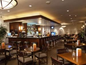 The Red Alder Lounge, The Plateau Club, Sammamish