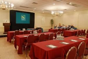 Quality Hotel & Conference Centre, Quality Hotel & Conference Centre, Oshawa