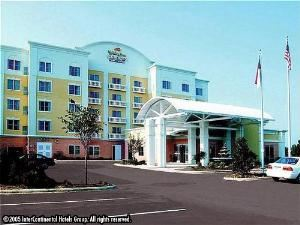 Holiday Inn Express Hotel & Suites-Mooresville-Lake Norman