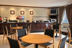 Lunch Buffets Package Starting From $15.95 Per Person, Ramada Plaza Hotel and Conference Center, Charlotte