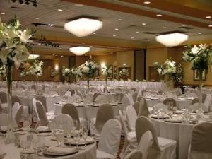 Ballroom, Embassy Suites Kansas City - International Airport, Kansas City