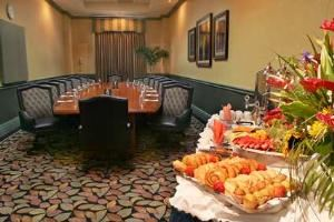 Palm Beach Boardroom, Embassy Suites Miami - International Airport, Miami