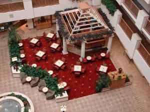 Kitty Hawk Cafe And Lounge, Embassy Suites Orlando - Airport, Orlando
