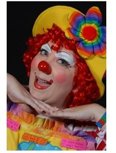 LOLA the Clown