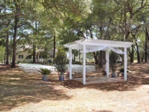 Wedding Area, Southerly Bed And Breakfast, Hollywood