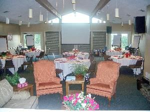 Mountain Crest Lodge, Ozark Conference Center, Solgohachia — Dedicated meeting room seating up to 60 theater, 48 banquet, 48 classroom, 16 u-shape, and 24 hollow square.  Basic audiovisual equipment provided.
