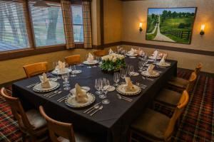 Paddock, Parkers Blue Ash Grill, Cincinnati — Paddock Room- Accommodates up to 22 guests