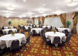 Cabernet Meeting Room, ClubHouse Hotel & Suites, Sioux Falls — Cabernet Room