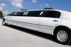 Special Guest Limo And Party Tour LLC