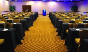 Middlesex, Hampton Inn Boston-Natick, Natick — Middlesex Room is 1260 square feet with no obstructions and can hold up to 80 people classroom style, 125 people theater style or 80 people round table style.
