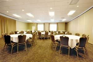 Lexington, Village Inn Event Center, Clemmons — Lexington Room - The 1,890 square-foot Lexington Room can host gatherings up to 90 in banquet rounds is is often combined with the neighboring Monroe Room to host a combined 180 in banquet rounds.