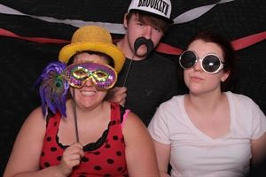 GIGGLE PIX PHOTO BOOTHS