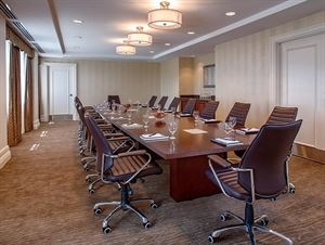 Temple Tutwiler Board Room, Hampton Inn & Suites Birmingham-Downtown-Tutwiler, Birmingham