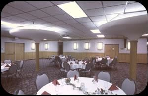 Banquet Room, Jorgenson's Inn & Suites, Helena — Well equipped meeting rooms that accommodate a 10-person business retreat up to a banquet for 300 people Comfortable lounge where friends and business acquaintances gather for conversation and relaxation. Business center complete with computer, Internet access, fax and copy machine. Free parking and complimentary airport shuttle.