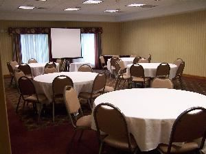 Colby Room, Hampton Inn Waterville, Waterville — The Colby room is 576 Square feet and the dimensions are 25ft X 25ft.