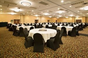 The Mt. Lookout - Half Day ExpressMeeting Package, Clarion Hotel Cincinnati North, Cincinnati