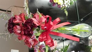 Bartlett Florist Gifts and More