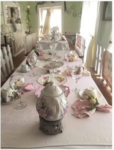 The Tilted Teacup Tea Room & Boutique