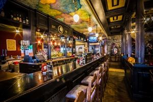Claddagh Irish Pub - Maple Grove