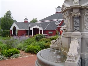 The Long Island Museum